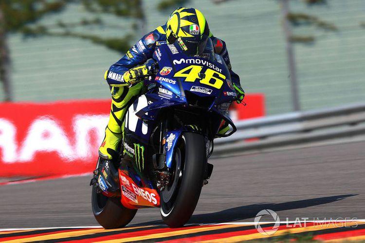 Terpaut Di Posisi Ke-17, Rossi Sebut Kecewa Dengan Ban Belakang