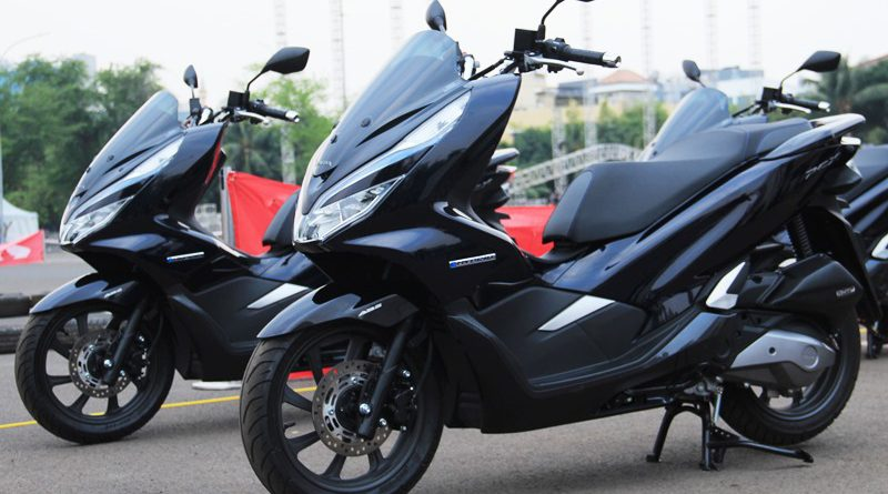 Honda PCX Hybrid Hadir Dengan 1 Varian Warna